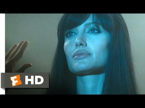 Salt (2010) – Assassination Scene (4/10) | Movieclips