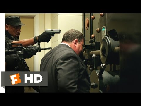 American Heist (2014) – The Bank Robbery Scene (5/10) | Movieclips
